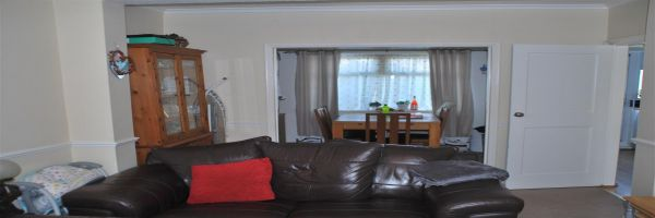 3 Bedroom Semi-Detached for sale in Rochester, Kent, United Kingdom