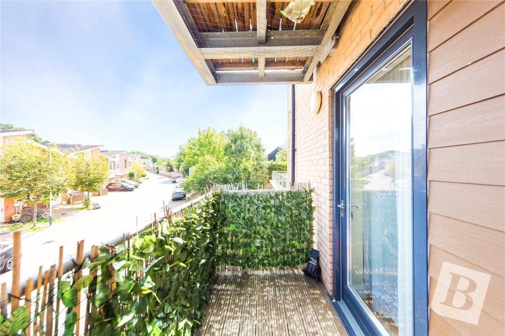 2 Bedroom Not Specified for sale in Romford, Weave Court