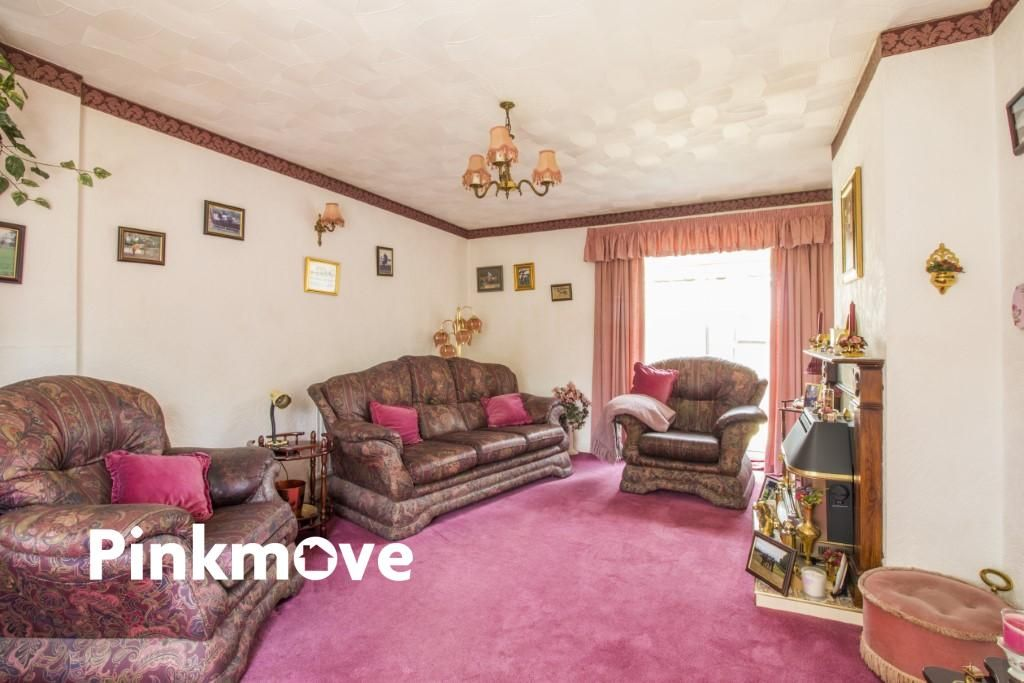 3 Bedroom Detached for sale in Chepstow, Castle Gardens
