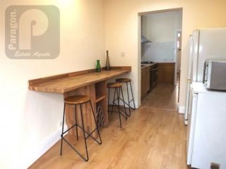 4 Bedroom Semi-Detached to rent in Kinsbury, Colindale, London, United Kingdom