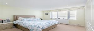 2 Bedroom Maisonette for sale in Purley, Surrey, United Kingdom