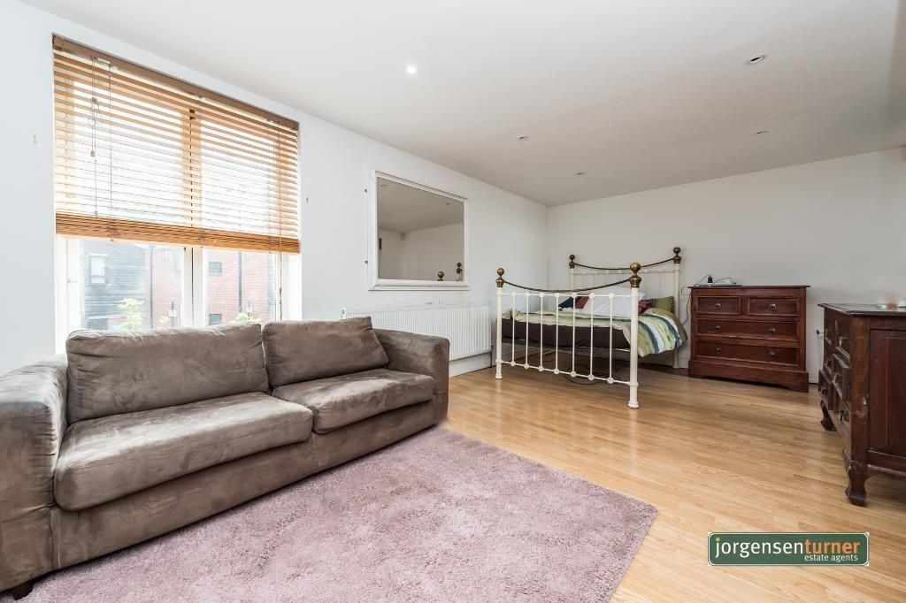 5 Bedroom House for sale in Shepherds Bush, White City Close