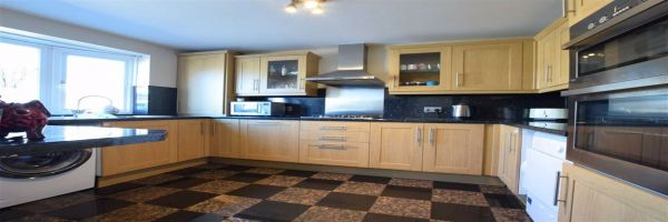 3 Bedroom Semi-Detached for sale in Stanford Le Hope, Essex, United Kingdom