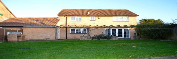 4 Bedroom Detached to rent in Bedford, Bedfordshire, United Kingdom