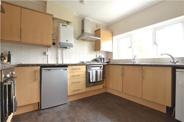 1 Bedroom Detached to rent in United Kingdom