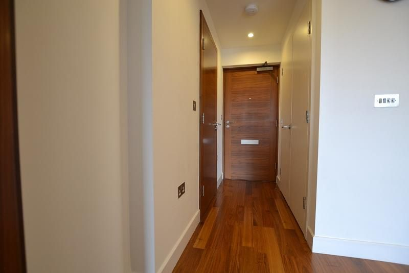 1 Bedroom Flat to rent in Cardiff, The Hayes