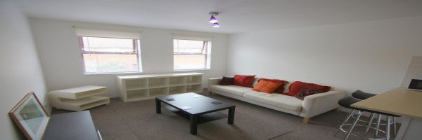 1 Bedroom Mews to rent in United Kingdom