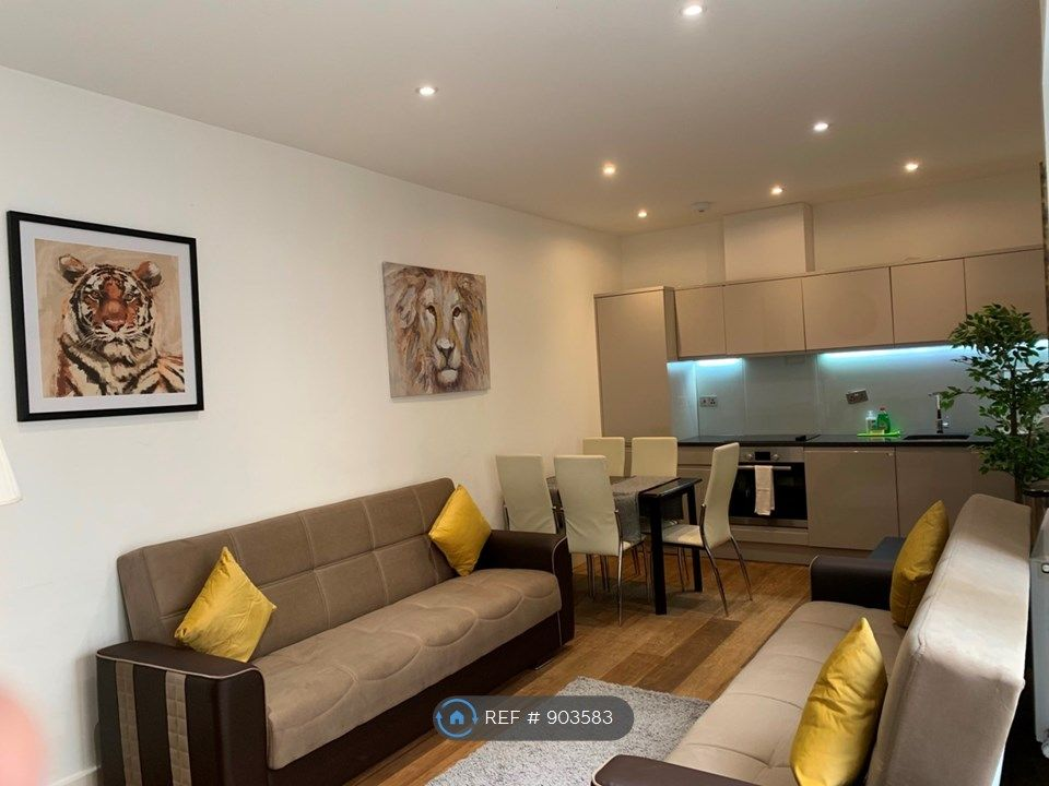 3 Bedroom Flat to rent in Greenwich, Trafalgar Road