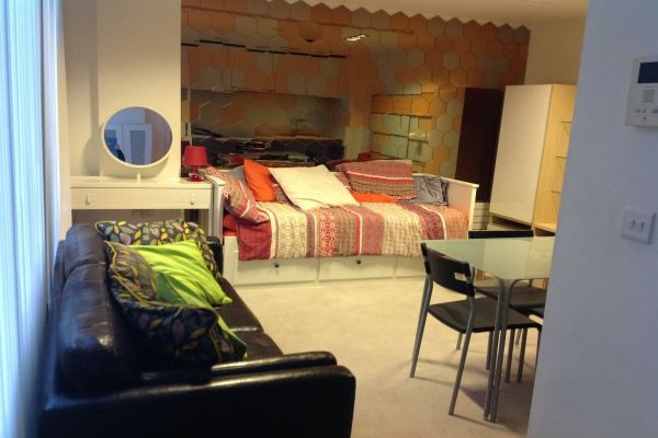 Studio to rent in United Kingdom
