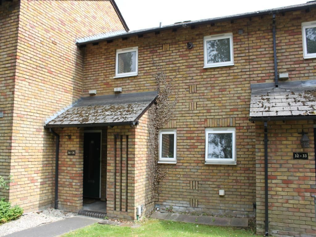 1 Bedroom Maisonette for sale in Camberley, Surrey, United Kingdom