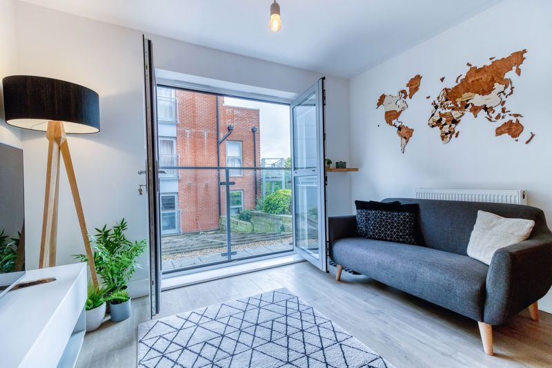 1 Bedroom Ground Flat for sale in St Albans, Charrington Place