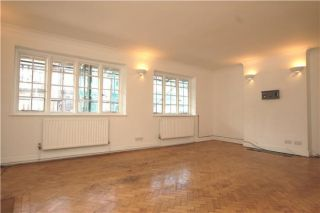3 Bedroom Flat for sale in Purley, Surrey, United Kingdom