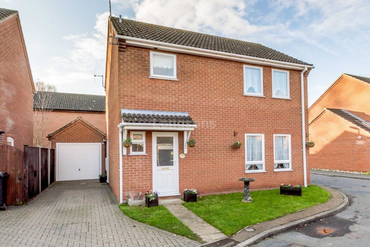3 Bedroom Detached for sale in Dereham, Norfolk, United Kingdom
