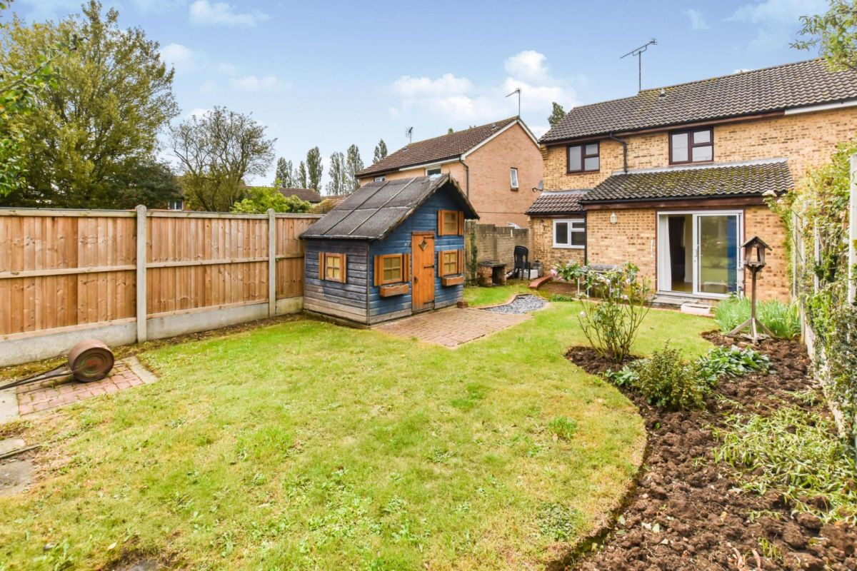 3 Bedroom Semi-Detached for sale in Chelmsford, Tugby Place