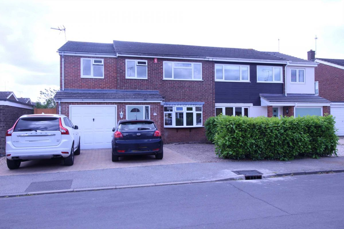 4 Bedroom Semi-Detached to rent in Colchester, Essex, United Kingdom
