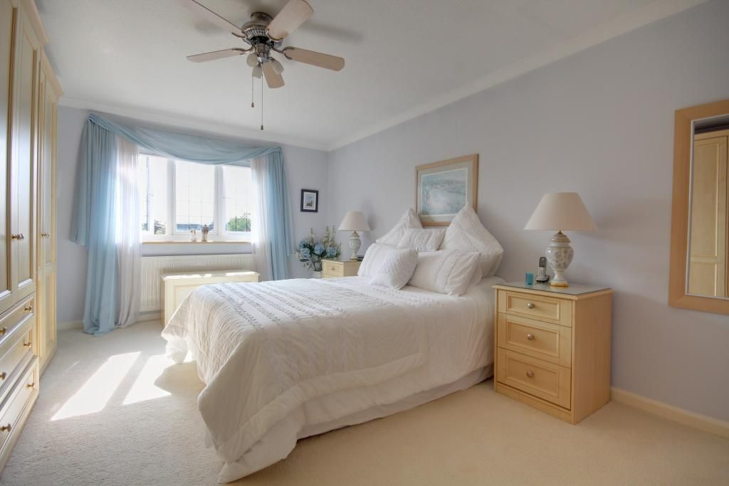 4 Bedroom Detached for sale in Southampton, Hazel Grove