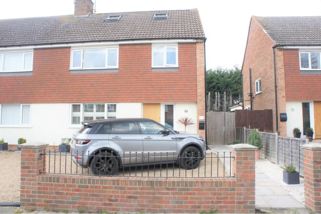 4 Bedroom Semi-Detached for sale in Chelmsford, Essex, United Kingdom