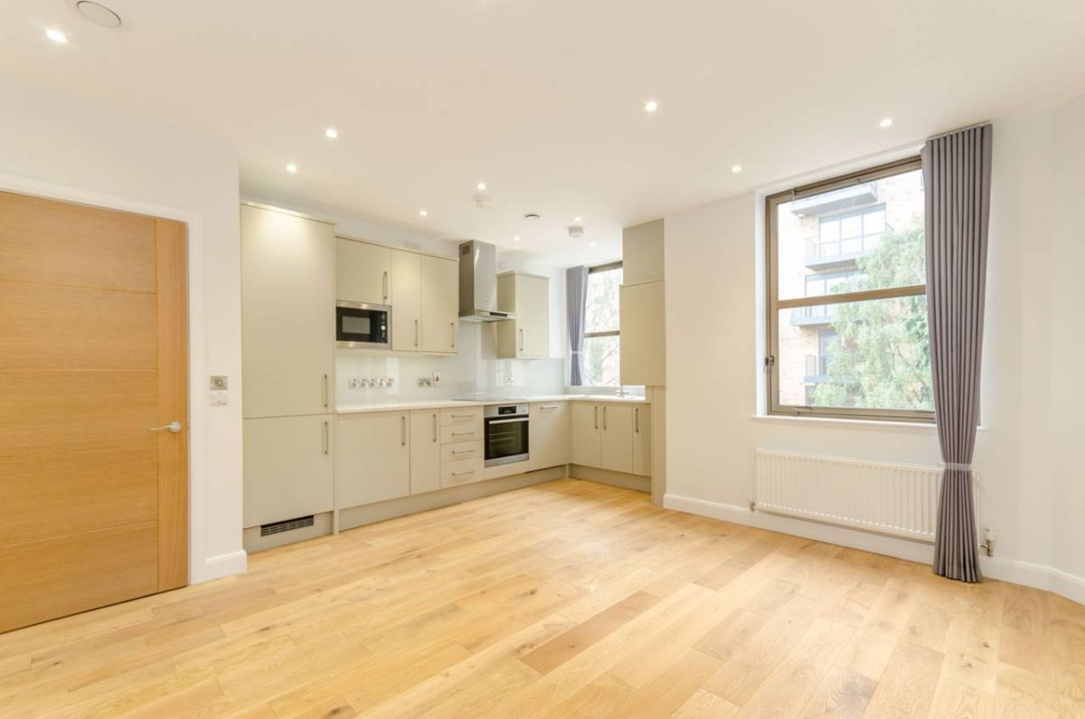1 Bedroom Flat to rent in Harrow, St Johns Road