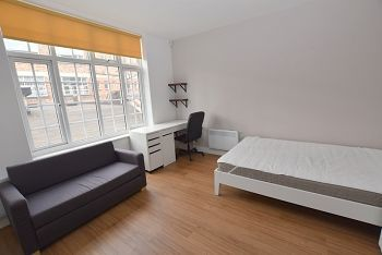 1 Bedroom Studio to rent in United Kingdom