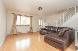 2 Bedroom Semi-Detached to rent in Palmers Green, London, United Kingdom