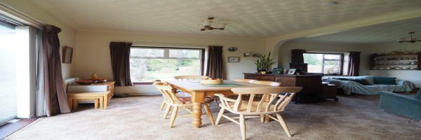 4 Bedroom Detached for sale in Salisbury, Hampshire, United Kingdom