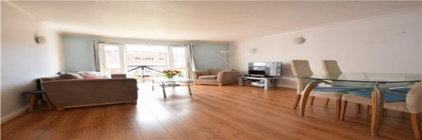 2 Bedroom Flat for sale in Bristol, Avon, United Kingdom