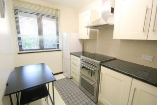 1 Bedroom Flat to rent in Isleworth, Middlesex, United Kingdom