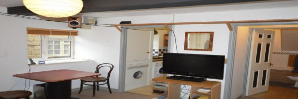 1 Bedroom Flat for sale in South Petherton, Somerset, United Kingdom