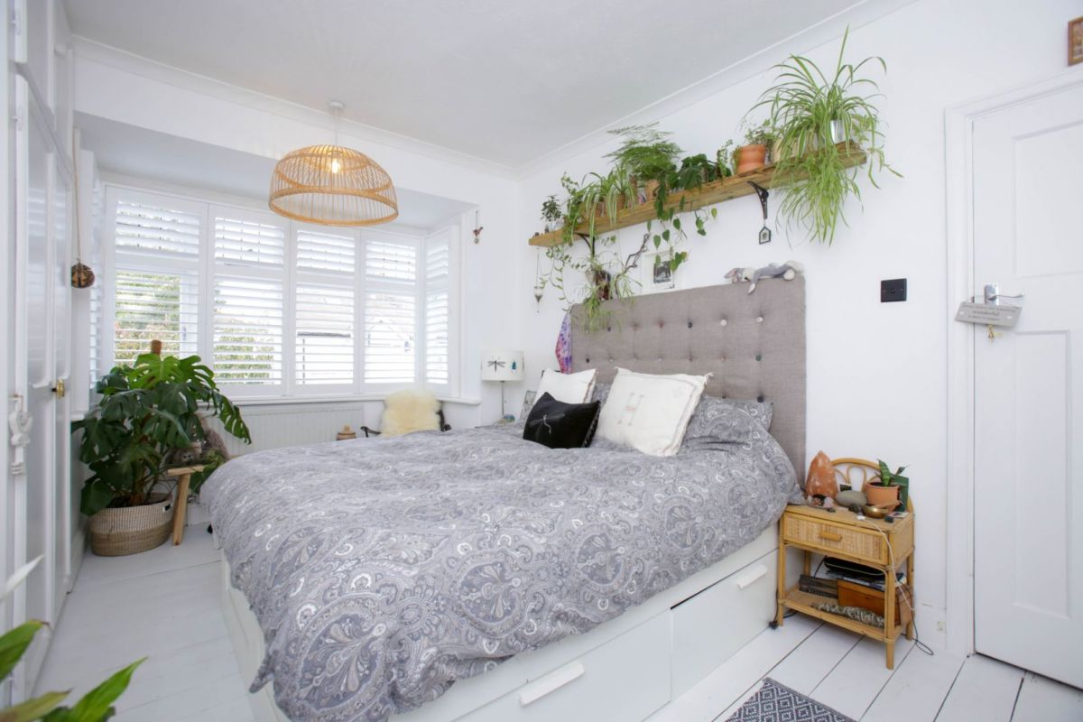 3 Bedroom End of Terrace for sale in Thornton Heath, Lakehall Gardens