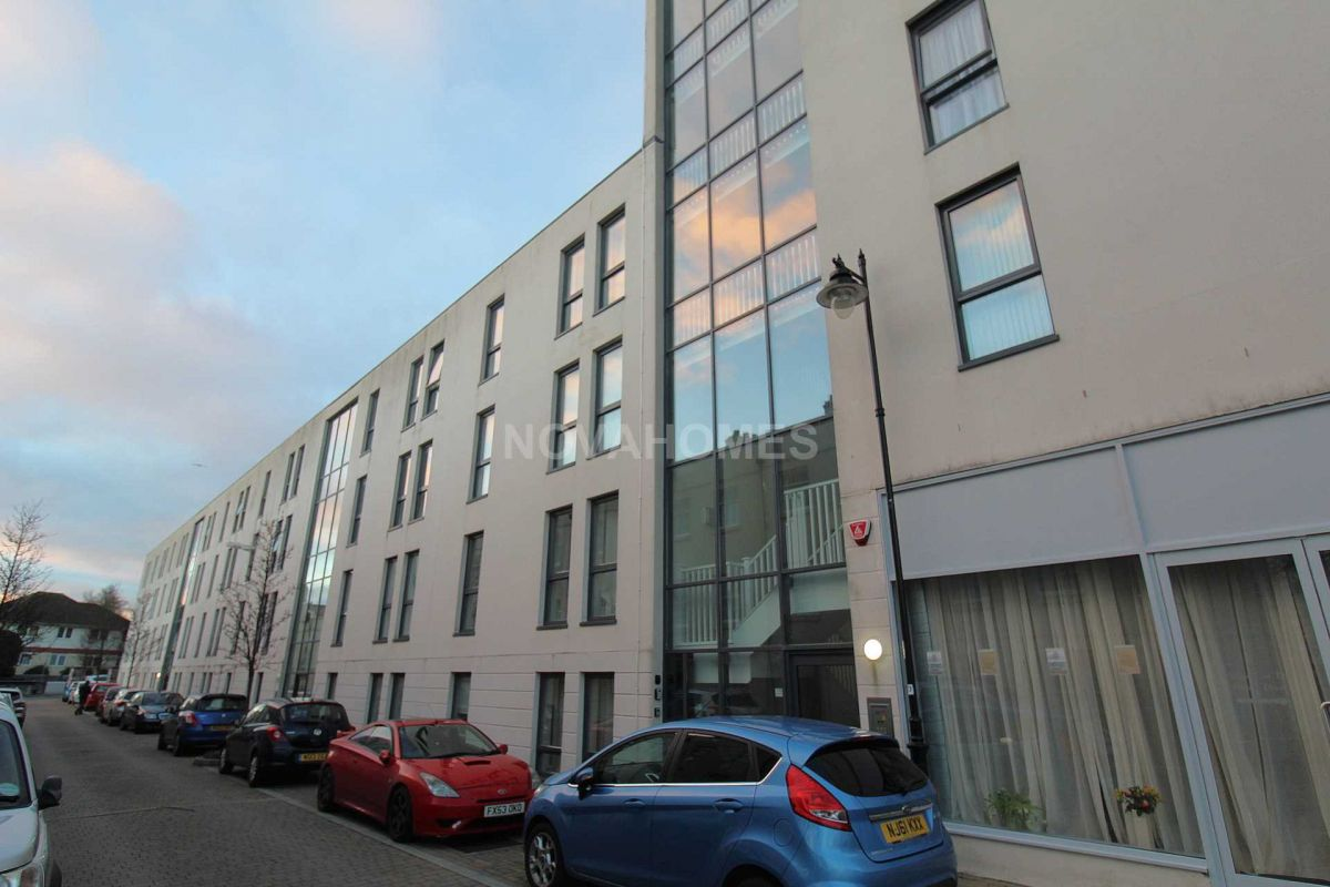 1 Bedroom Flat for sale in Plymouth, Devon, United Kingdom