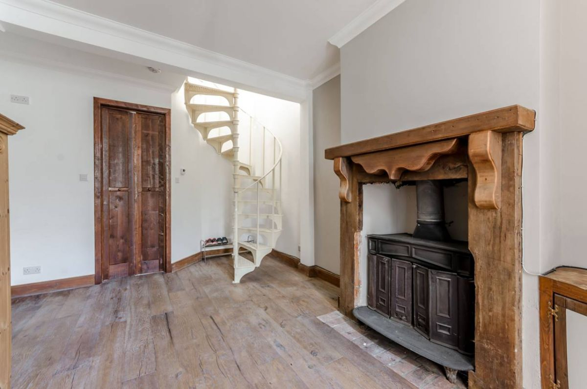 3 Bedroom Flat to rent in South Norwood, Portland Road