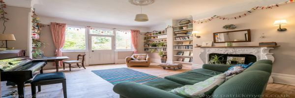 4 Bedroom Semi-Detached to rent in Dulwich, London, United Kingdom