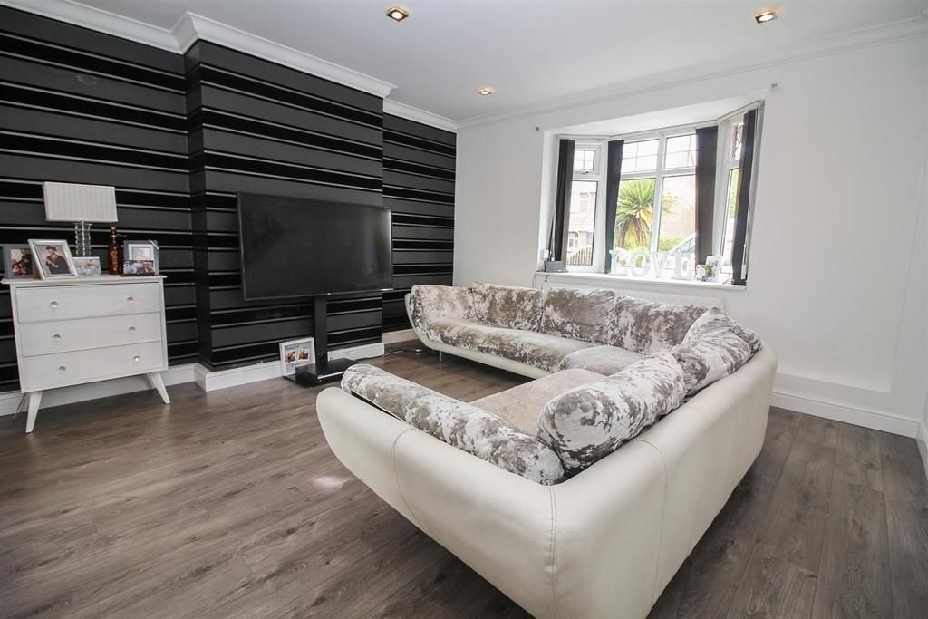 4 Bedroom House for sale in Wallsend, Monmouth Gardens