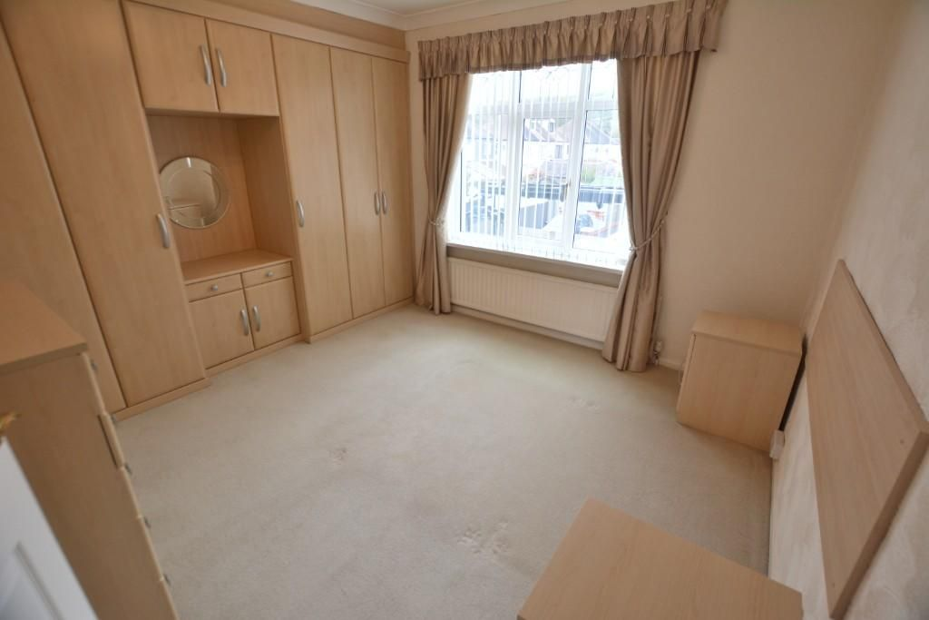 3 Bedroom Semi-Detached for sale in Pontypridd, Lon Heulog