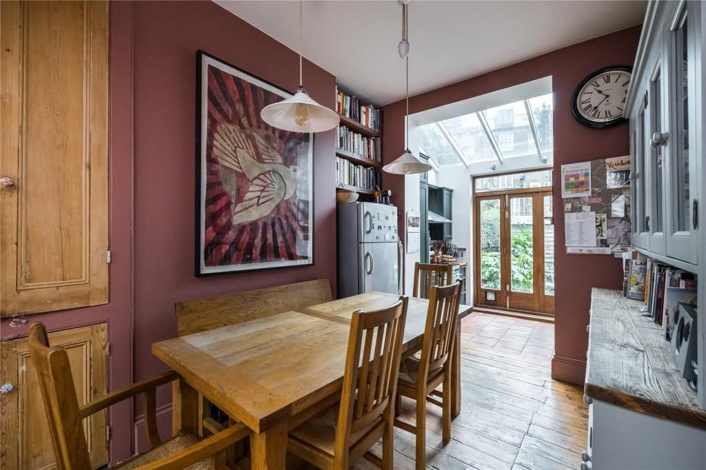 4 Bedroom Terraced for sale in Holloway, Lowman Road