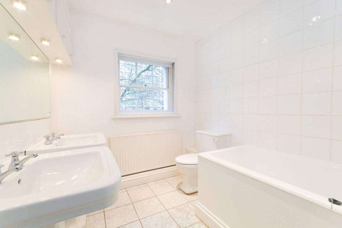 4 Bedroom Terraced to rent in West Kensington, Addison Bridge Place