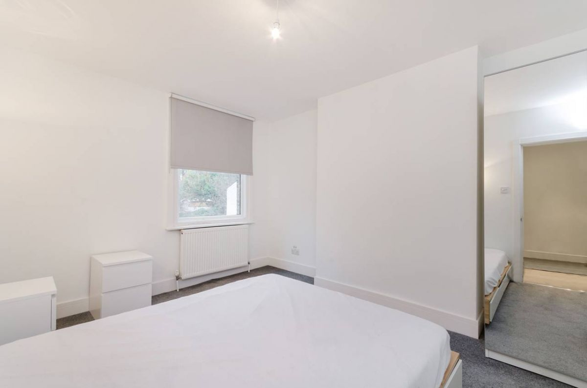 2 Bedroom Flat to rent in South Norwood, Whitehorse Lane