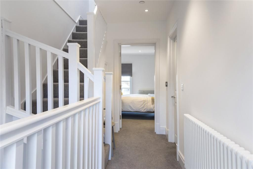 4 Bedroom Town House for sale in Bury St Edmunds, Bury St Edmunds
