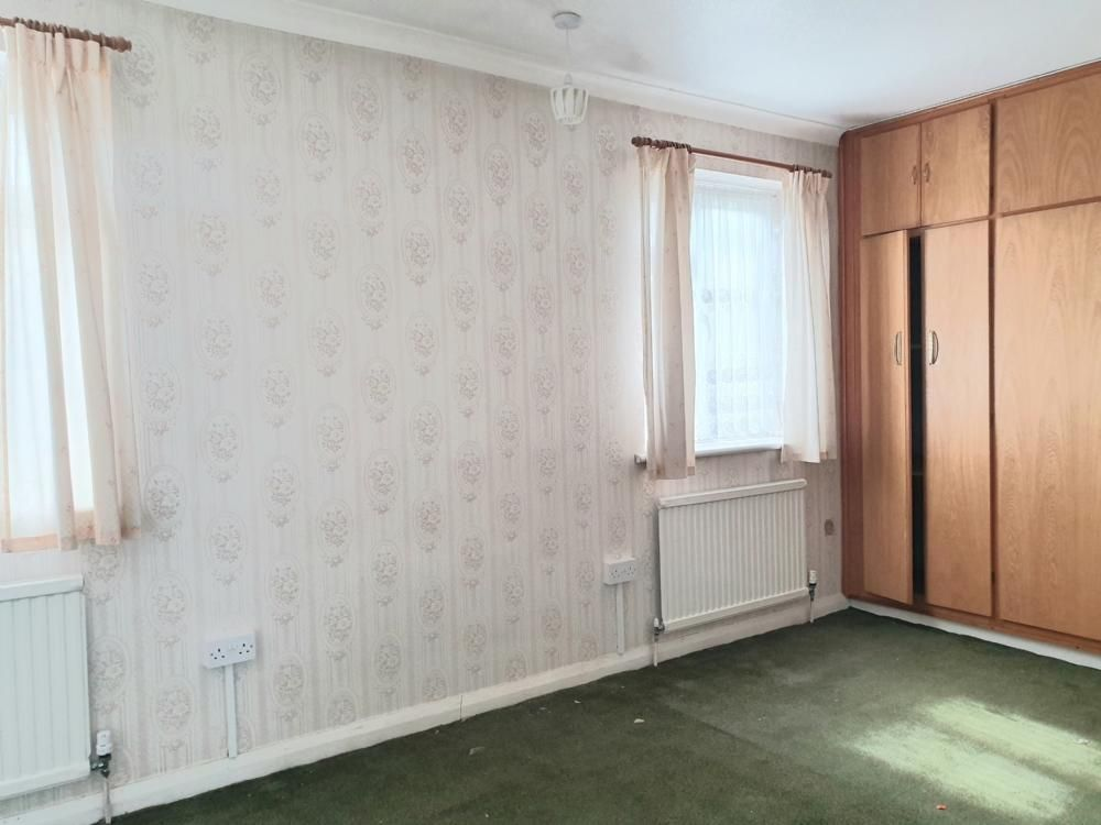 2 Bedroom Terraced for sale in Romford, Amersham Walk