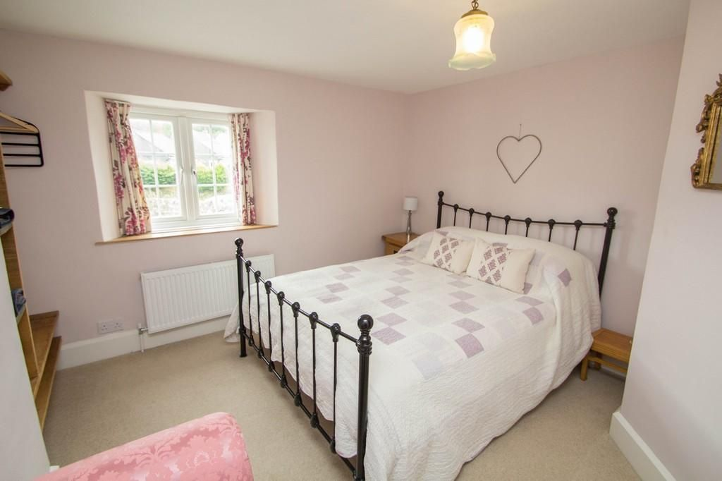 3 Bedroom Terraced for sale in Yelverton, Walkhampton