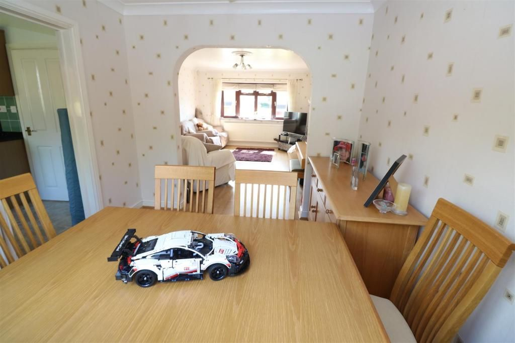 3 Bedroom Detached for sale in Rushton, Blake Walk