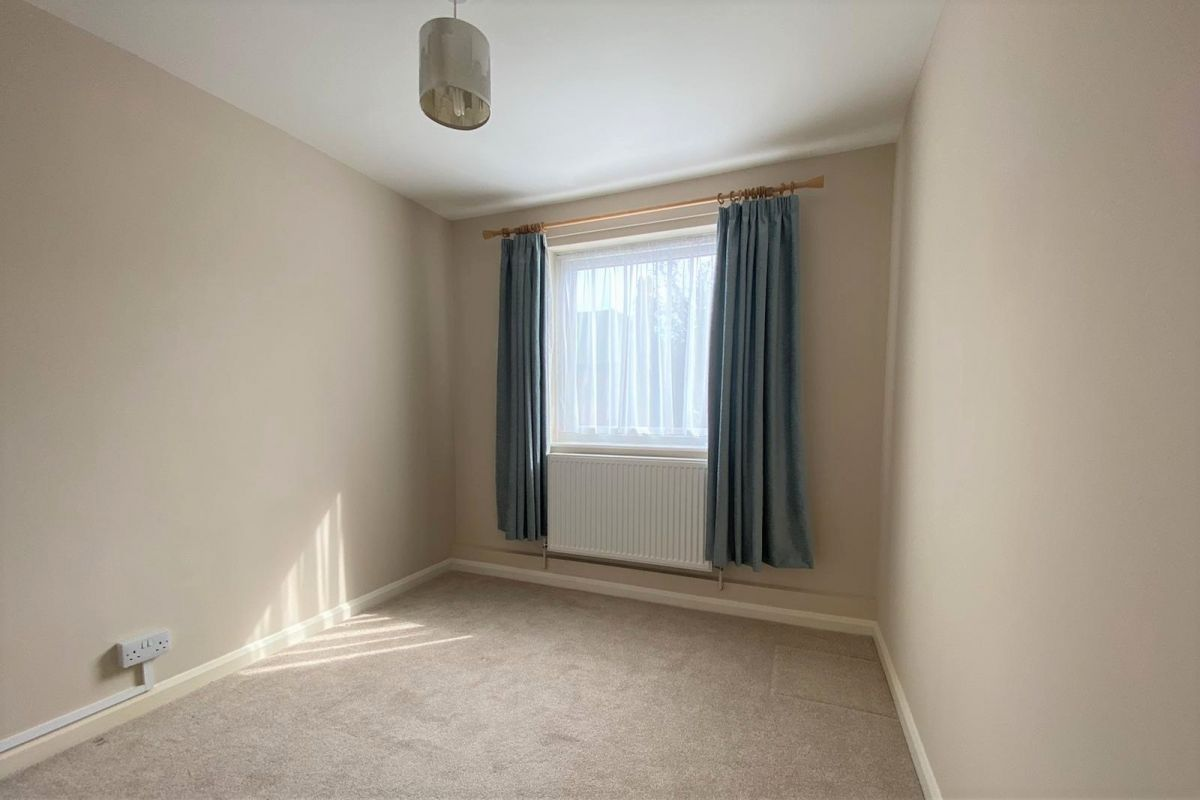 2 Bedroom Flat to rent in Portsmouth, Southsea