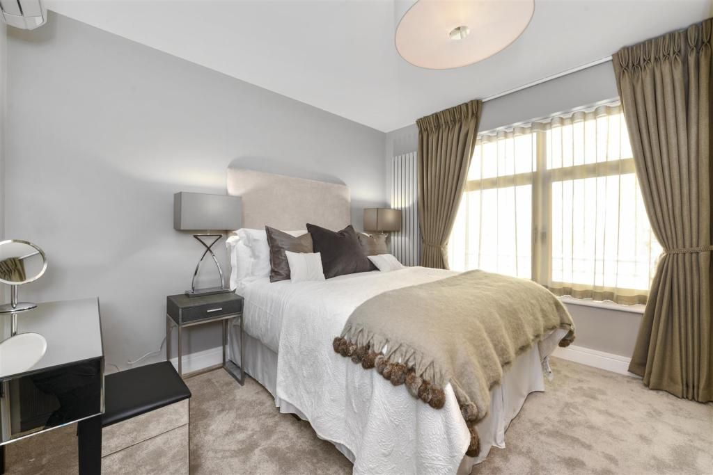 3 Bedroom Apartment to rent in St Johns Wood, Boydell Court