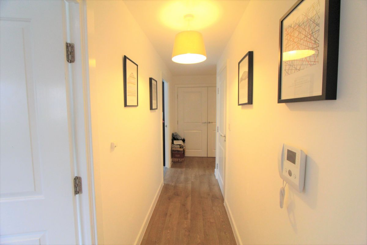 2 Bedroom Flat to rent in Tottenham, Egret Heights