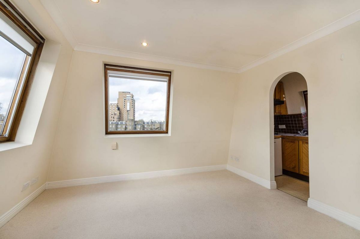 1 Bedroom Flat to rent in South Kensington, Courtfield Road