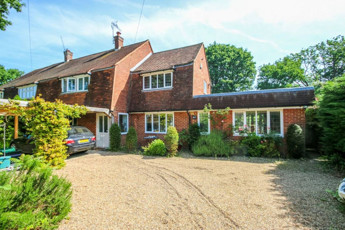 4 Bedroom Semi-Detached to rent in Leatherhead, NORTHCOTE CRESCENT