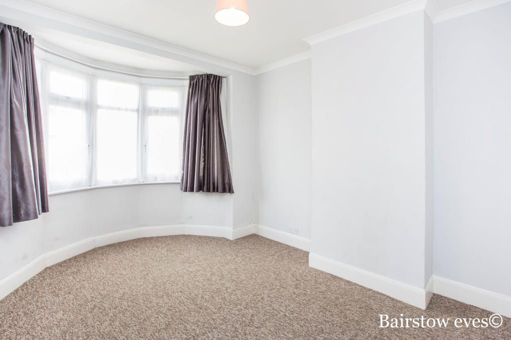 4 Bedroom Detached to rent in Tottenham, Shelbourne Road