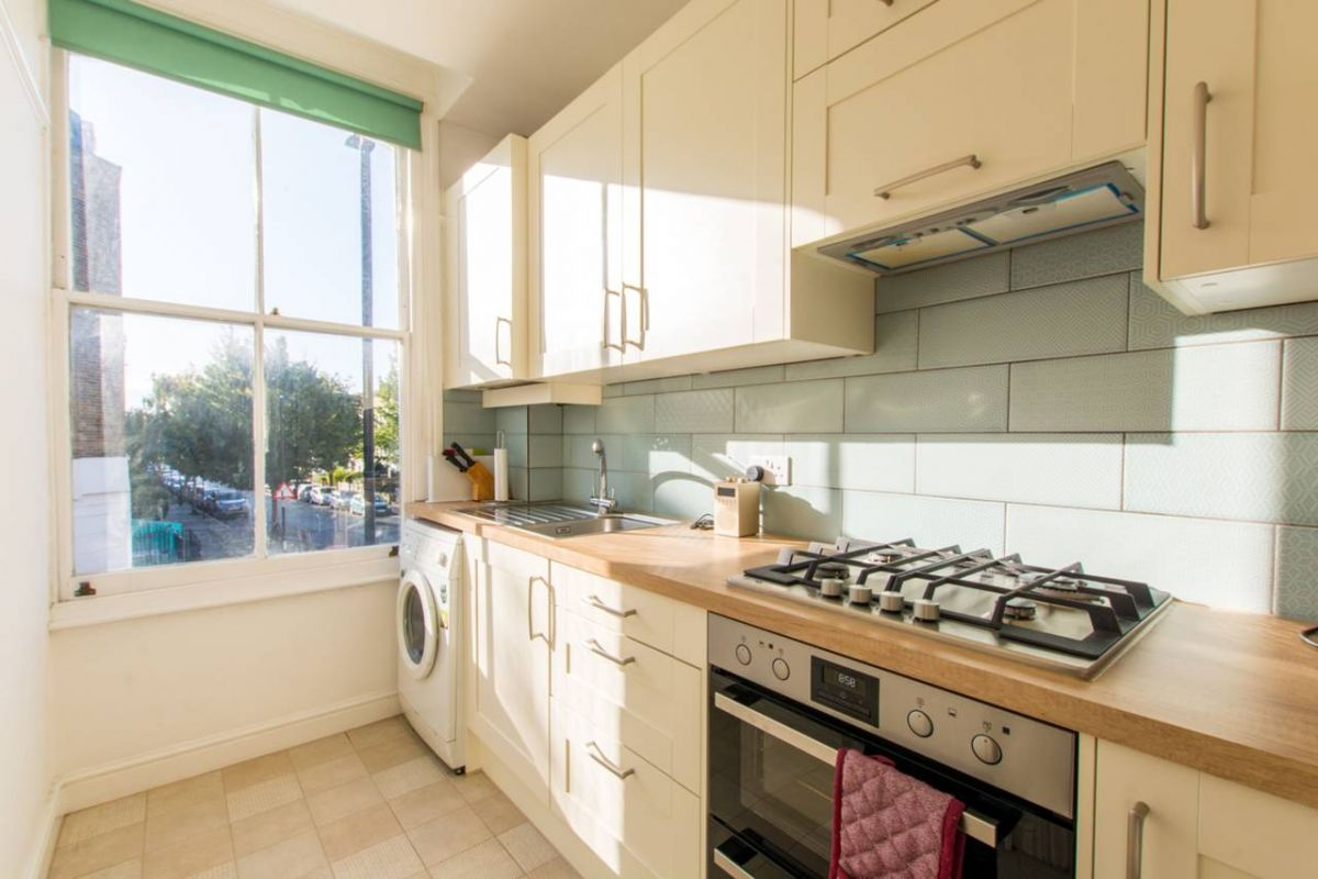 1 Bedroom Flat for sale in Holloway, Tollington Way