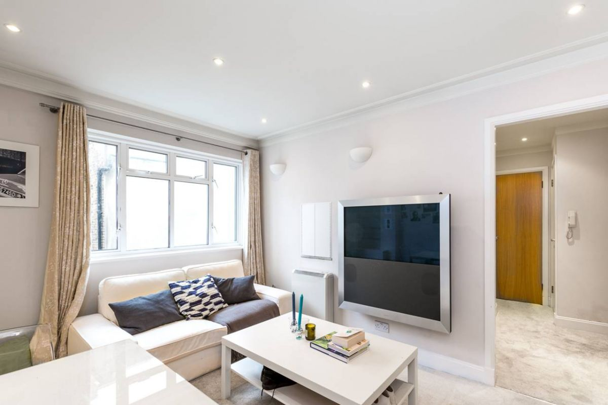 1 Bedroom Flat for sale in Chelsea, Thackeray Court