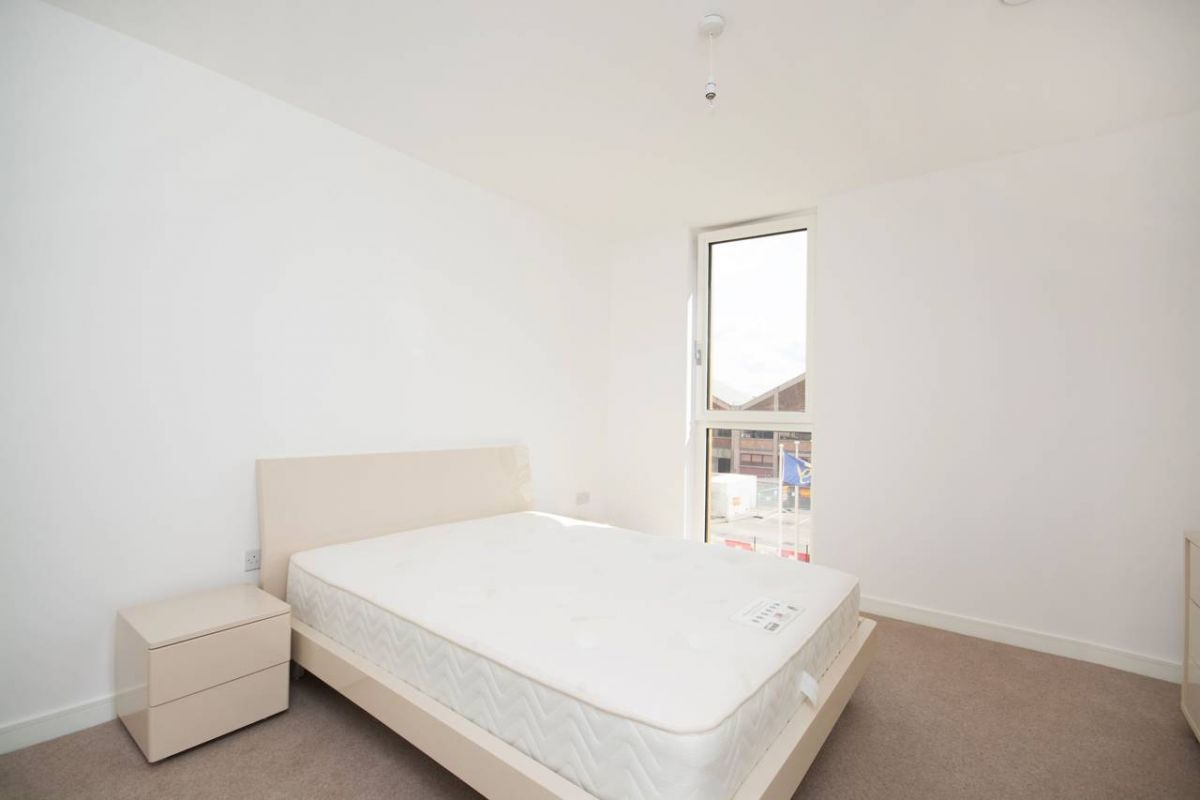 2 Bedroom Flat for sale in Greenwich, Cable Walk